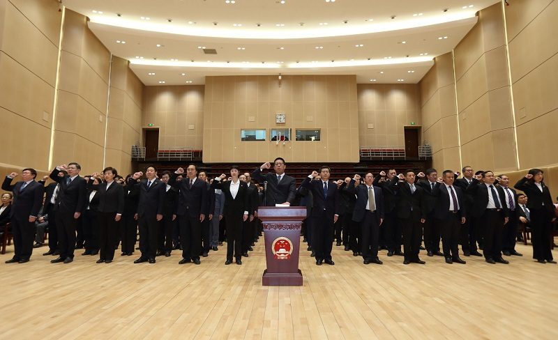 审计署举行宪法宣誓仪式 署党组书记、审计长胡泽君监誓